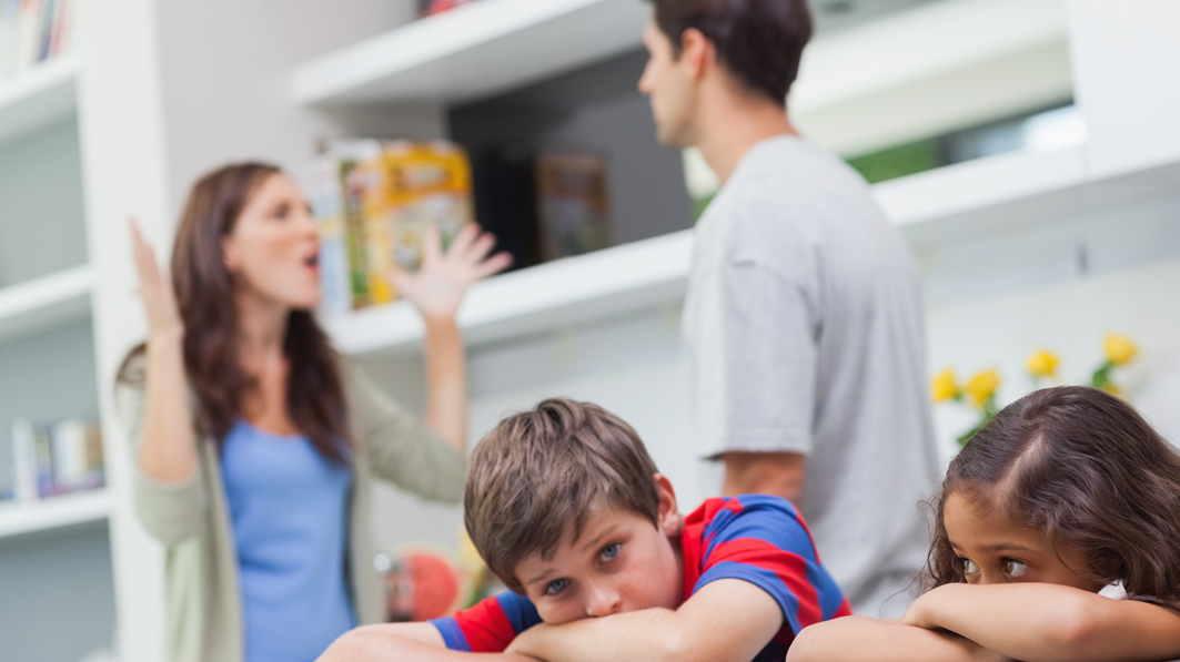 Hijos de padres separados, rehenes inocentes